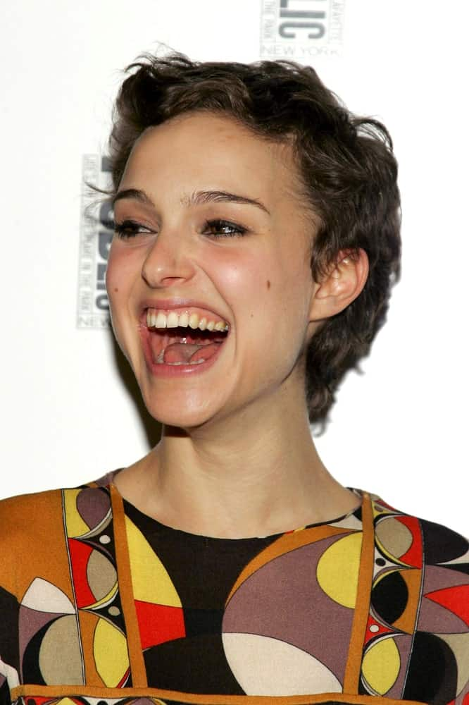 Natalie Portman attended the after-party for The Public Theater Sings A 50th Anniversary Celebration held at The Time Warner Center, New York, NY on January 30, 2006. She wore a colorful outfit to go with her brilliant smile and pixie hair with a tousled wavy finish.