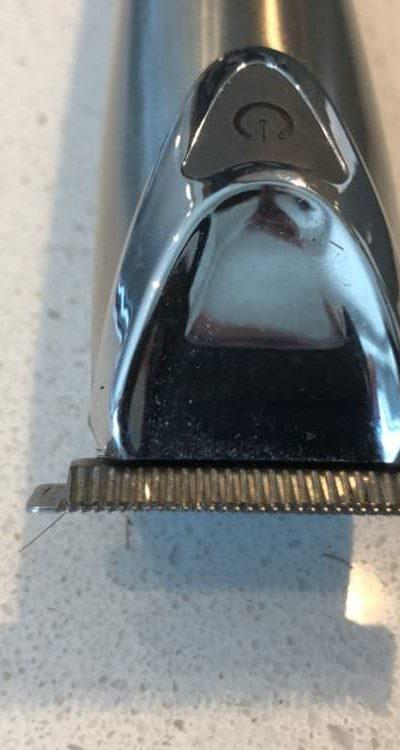 Teeth of the Wahl beard trimmer